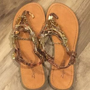 Beaded and chain sandal size 8